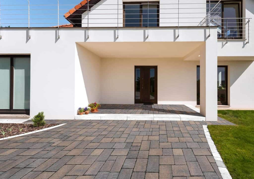 Borgo dOrcia Pavimento Casa privata anticato massello autobloccante
