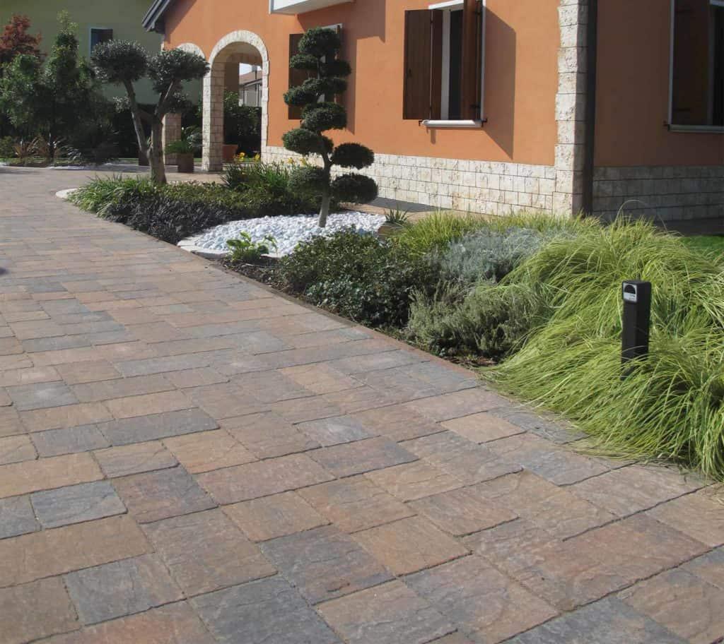 Borgo dOrcia Pavimento Villa Pavimento anticato massello autobloccante casa privata