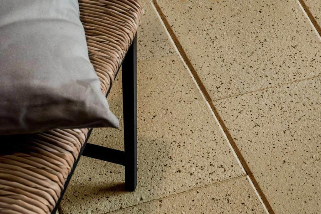 Palladio lastra in calcestruzzo pavimento galleggiante su supporti regolabili pavimento galleggiante