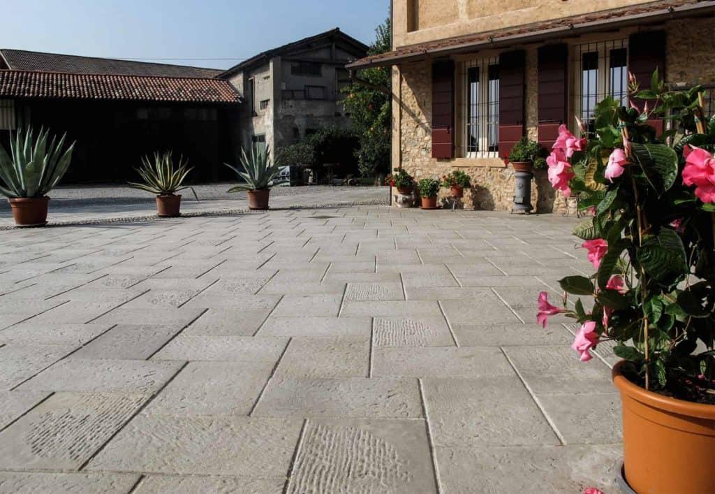 Piedra casa privata Lastra in calcestruzzo grigio pavimento in colla