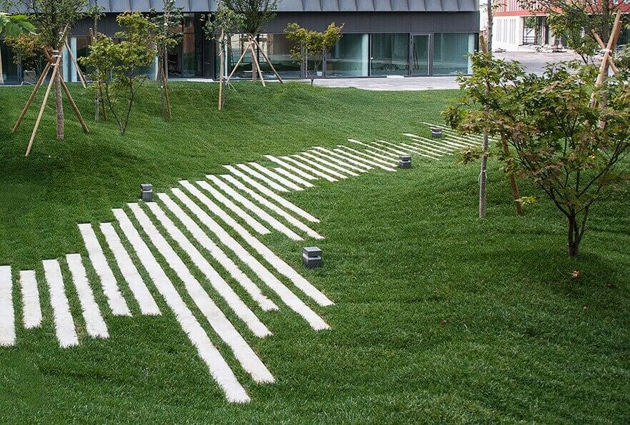 Riga lastra in calcestruzzo favaro1 - Pavimento per giardino ...