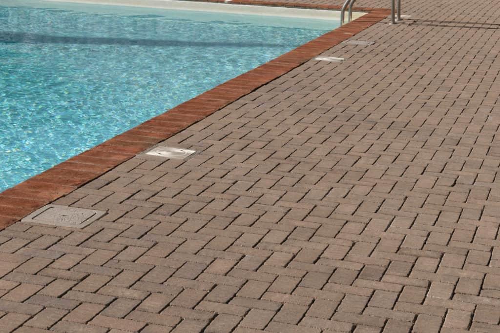 VECCHIO MATTONE pavimento per esterni pavimento ville pavimentazioni toscana pavimentazioni anticate autobloccanti pavimento piscina