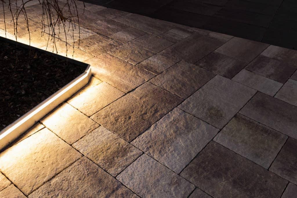 Veneto light  lampada da esterno ingresso zonoa industriale