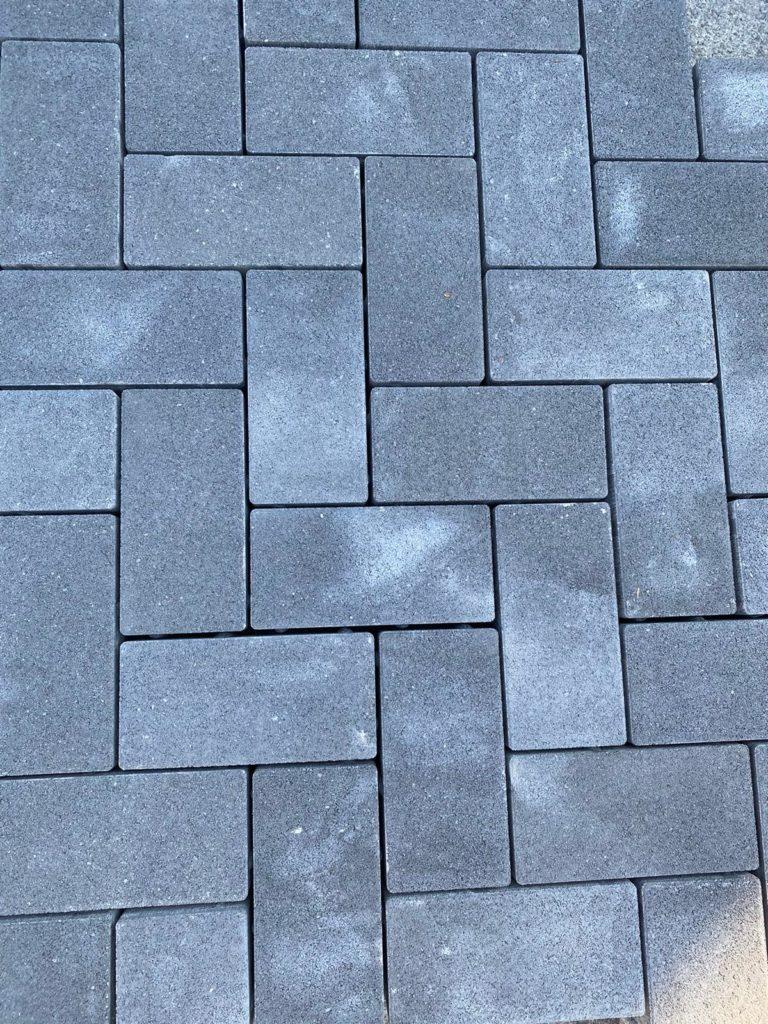Drain block pavimento drenante distanziale
